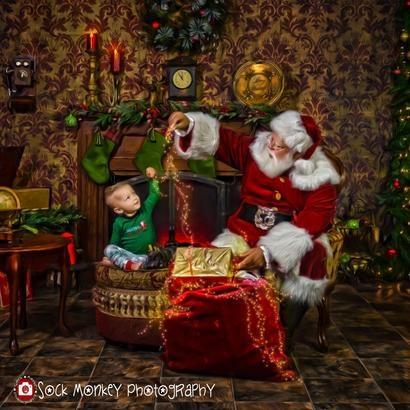http://www.sockmonkeyphotography.com/wp-content/uploads/2018/08/Santa2-410x410.jpg